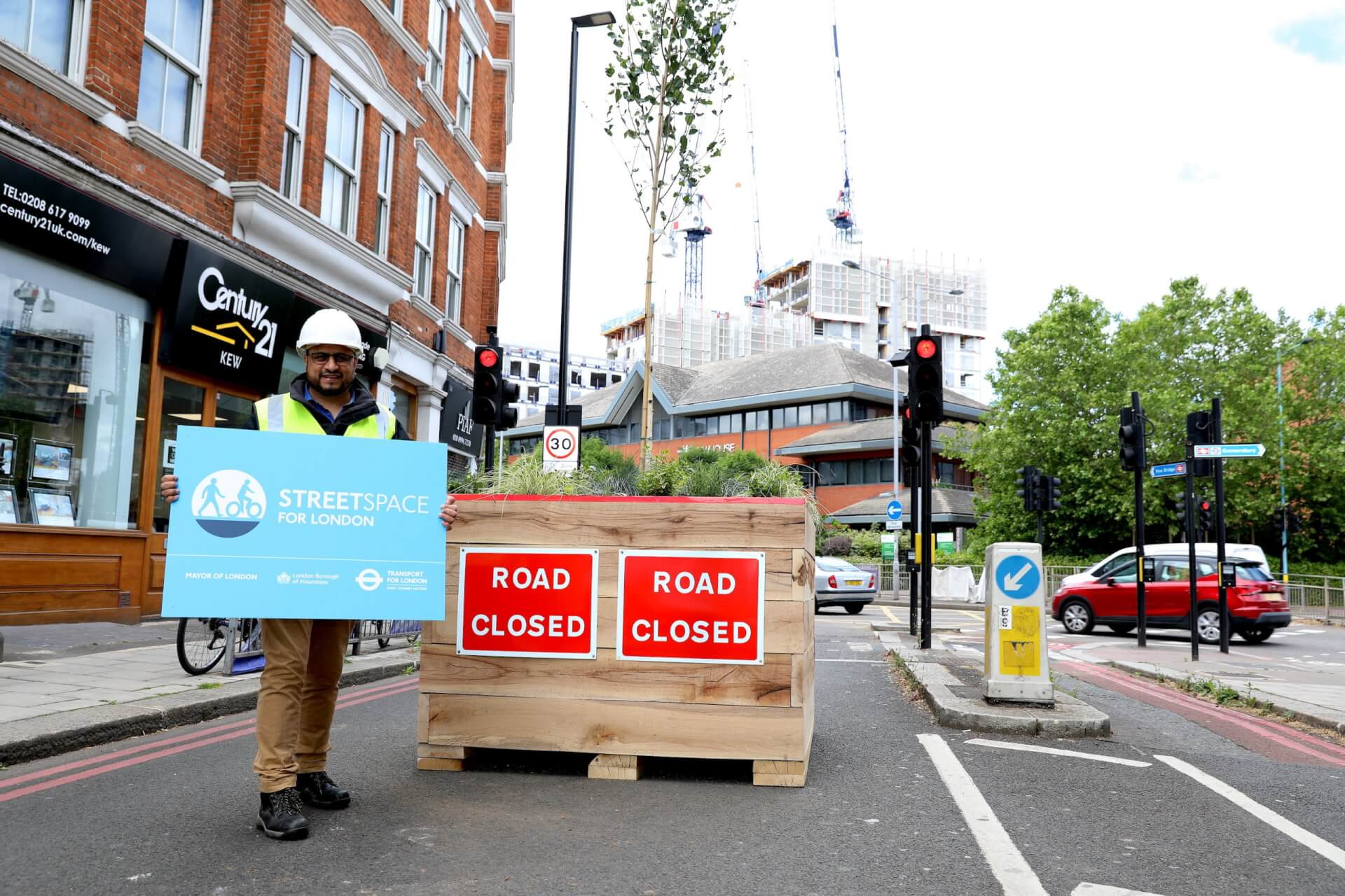 South Chiswick to become Low Traffic Neighbourhood | Capital West London